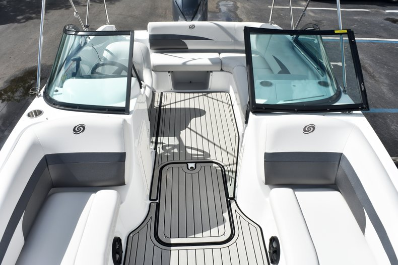 Thumbnail 48 for New 2019 Hurricane SunDeck SD 187 OB boat for sale in West Palm Beach, FL