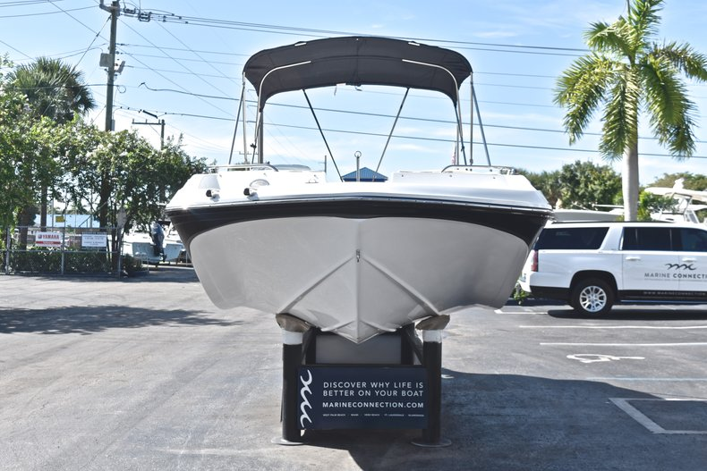 Thumbnail 2 for New 2019 Hurricane 188 SunDeck Sport OB boat for sale in Vero Beach, FL