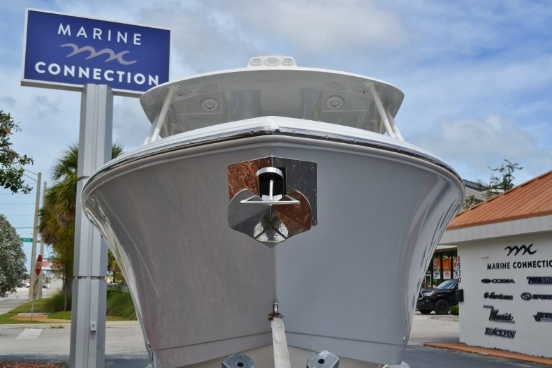 Thumbnail 2 for New 2019 Cobia 280 DC Dual Console boat for sale in Vero Beach, FL