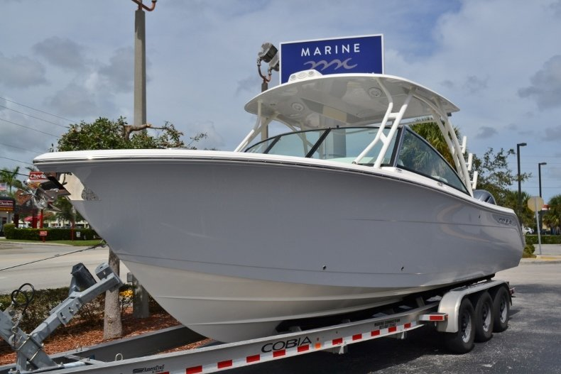 Thumbnail 1 for New 2019 Cobia 280 DC Dual Console boat for sale in Vero Beach, FL