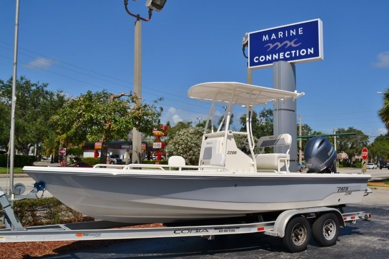 Photo for 2019 Pathfinder 2200 TRS Bay Boat