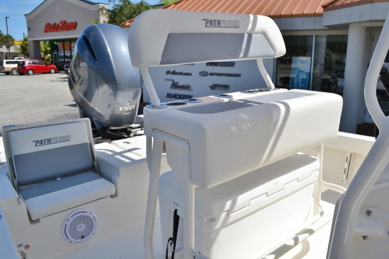 Thumbnail 24 for New 2019 Pathfinder 2200 TRS Bay Boat boat for sale in Vero Beach, FL