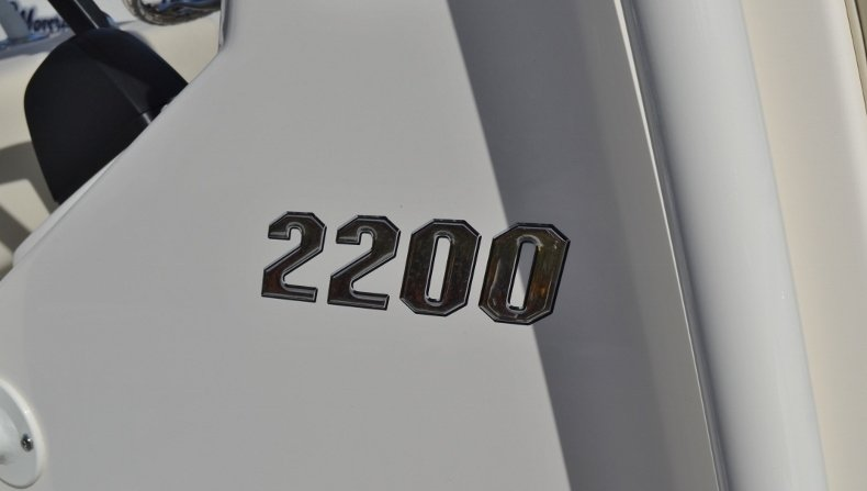 Thumbnail 15 for New 2019 Pathfinder 2200 TRS Bay Boat boat for sale in Vero Beach, FL