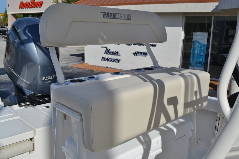 Thumbnail 16 for New 2019 Pathfinder 2200 TRS Bay Boat boat for sale in Vero Beach, FL