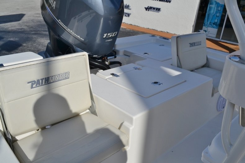 Thumbnail 17 for New 2019 Pathfinder 2200 TRS Bay Boat boat for sale in Vero Beach, FL