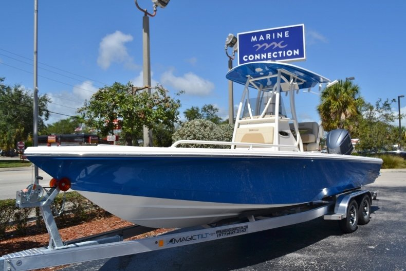 Thumbnail 1 for New 2019 Pathfinder 2600 TRS boat for sale in Vero Beach, FL