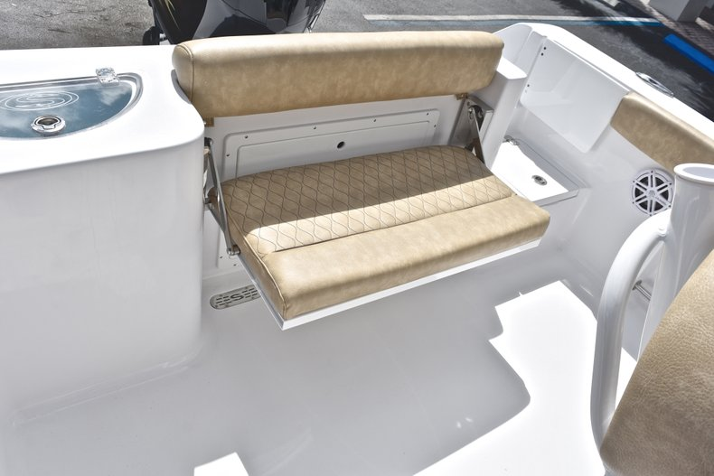 Thumbnail 15 for New 2019 Sportsman Open 232 Center Console boat for sale in Vero Beach, FL