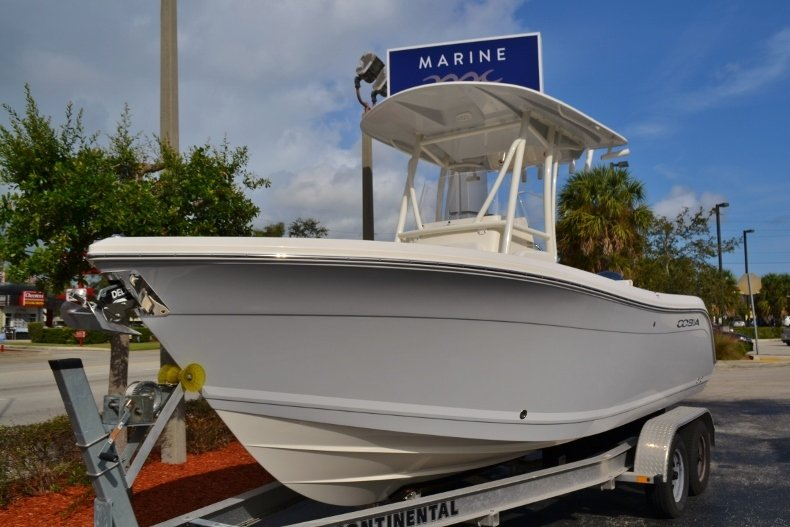 Thumbnail 1 for New 2019 Cobia 220 Center Console boat for sale in Vero Beach, FL