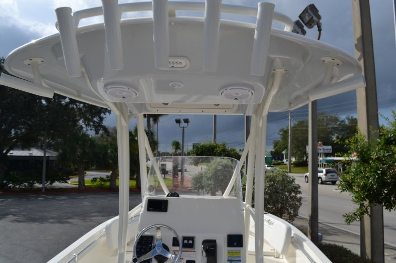 Thumbnail 10 for New 2019 Cobia 220 Center Console boat for sale in Vero Beach, FL