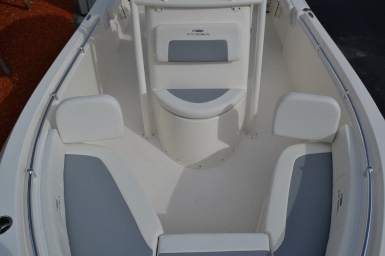 Thumbnail 15 for New 2019 Cobia 220 Center Console boat for sale in Vero Beach, FL
