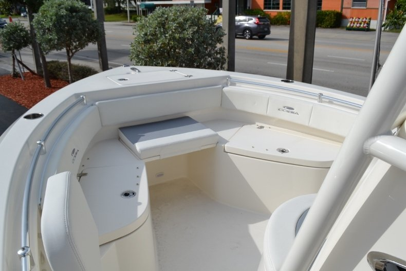 Thumbnail 13 for New 2019 Cobia 220 Center Console boat for sale in Vero Beach, FL