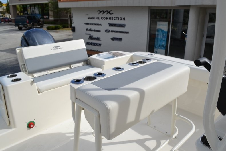 Thumbnail 18 for New 2019 Cobia 220 Center Console boat for sale in Vero Beach, FL