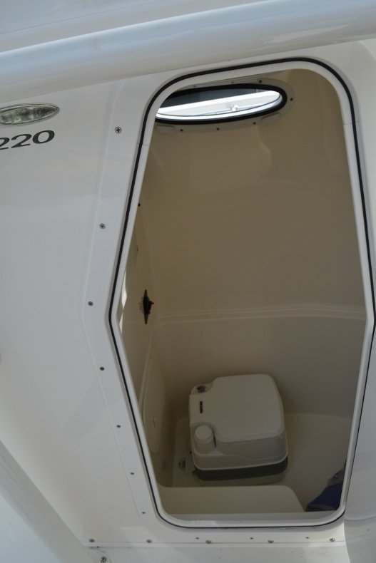 Thumbnail 19 for New 2019 Cobia 220 Center Console boat for sale in Vero Beach, FL