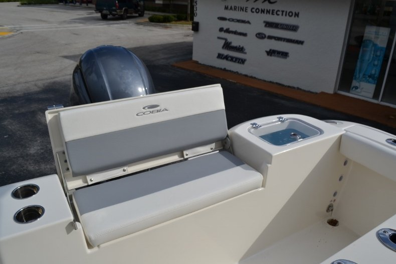 Thumbnail 20 for New 2019 Cobia 220 Center Console boat for sale in Vero Beach, FL
