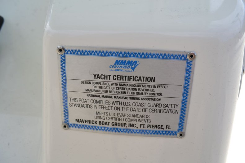 Thumbnail 8 for New 2019 Cobia 277 Center Console boat for sale in Vero Beach, FL