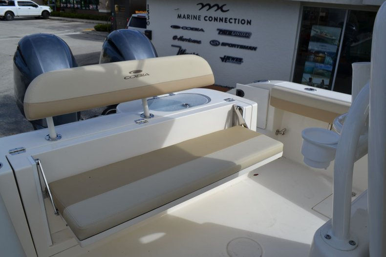 Thumbnail 16 for New 2019 Cobia 277 Center Console boat for sale in Vero Beach, FL