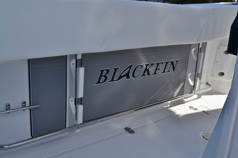 Thumbnail 31 for New 2019 Blackfin 272CC Center Console boat for sale in West Palm Beach, FL