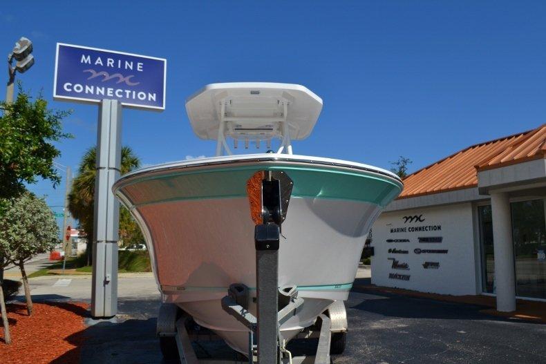 Thumbnail 2 for New 2019 Blackfin 242CC Center Console boat for sale in Vero Beach, FL