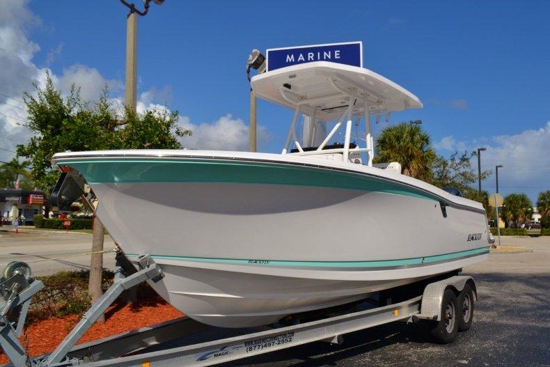 Thumbnail 1 for New 2019 Blackfin 242CC Center Console boat for sale in Vero Beach, FL