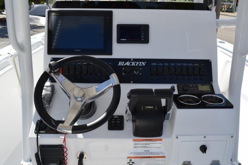 Thumbnail 12 for New 2019 Blackfin 242CC Center Console boat for sale in Vero Beach, FL
