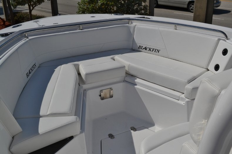 Thumbnail 13 for New 2019 Blackfin 242CC Center Console boat for sale in Vero Beach, FL