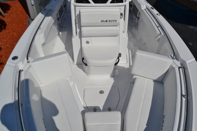 Thumbnail 18 for New 2019 Blackfin 242CC Center Console boat for sale in Vero Beach, FL