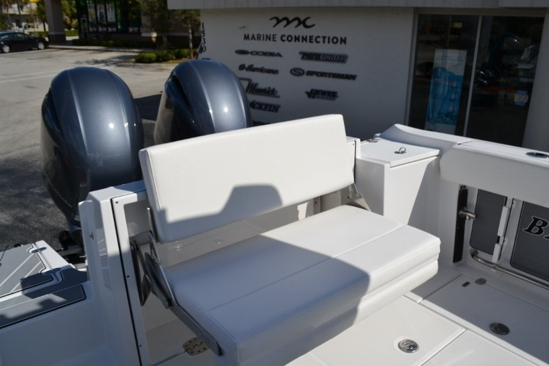 Thumbnail 21 for New 2019 Blackfin 242CC Center Console boat for sale in Vero Beach, FL