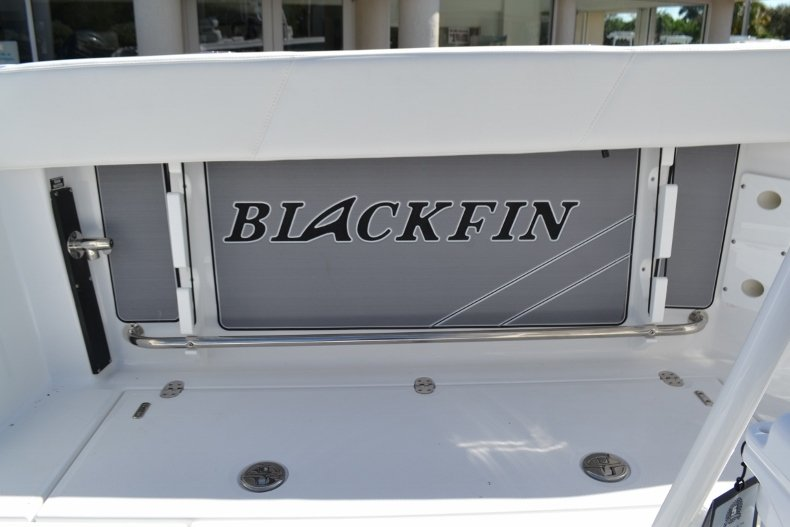 Thumbnail 23 for New 2019 Blackfin 242CC Center Console boat for sale in Vero Beach, FL