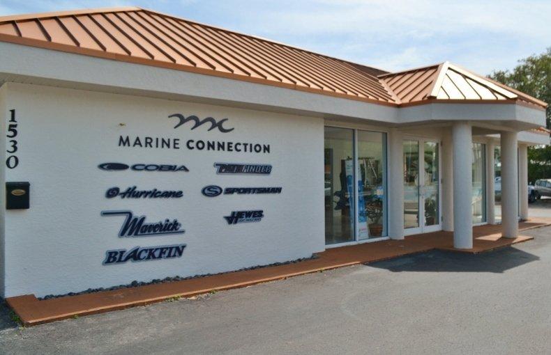 Thumbnail 33 for New 2019 Blackfin 242CC Center Console boat for sale in Vero Beach, FL