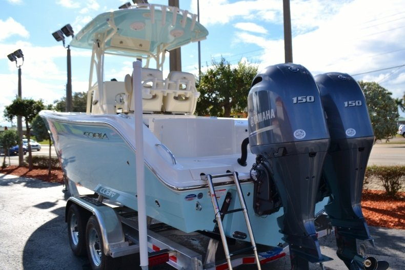 Thumbnail 3 for New 2019 Cobia 261 Center Console boat for sale in Vero Beach, FL
