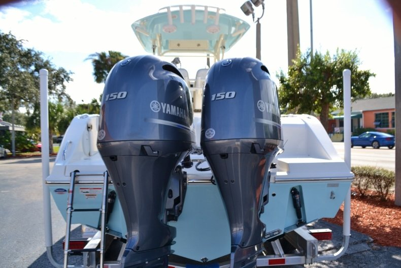 Thumbnail 4 for New 2019 Cobia 261 Center Console boat for sale in Vero Beach, FL