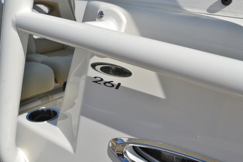 Thumbnail 19 for New 2019 Cobia 261 Center Console boat for sale in Vero Beach, FL