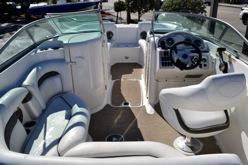Image 8 for 2013 Hurricane SunDeck SD 2000 OB in Vero Beach, FL
