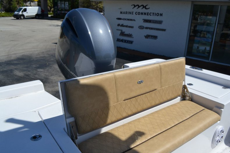 Thumbnail 15 for New 2019 Sportsman Masters 227 Bay Boat boat for sale in Vero Beach, FL