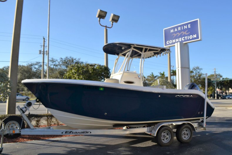 Image 0 for 2017 Cobia 220 Center Console in Vero Beach, FL
