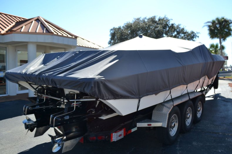 Thumbnail 10 for Used 2000 Fountain 38 Fever boat for sale in Vero Beach, FL