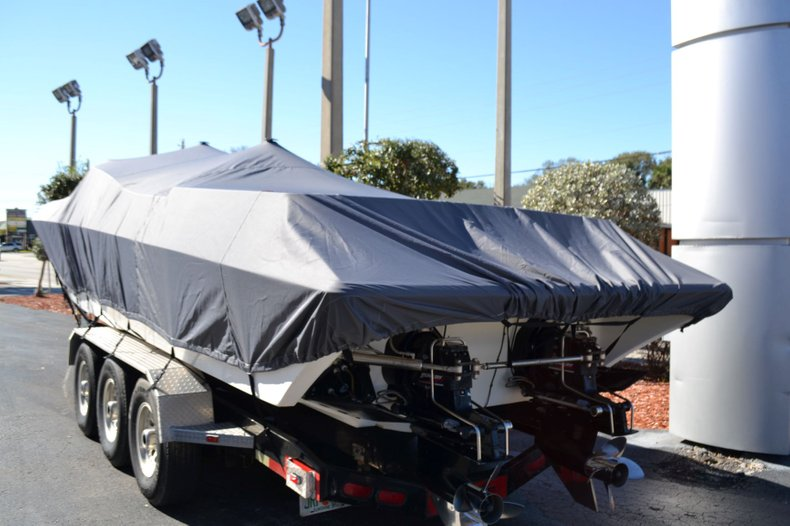 Thumbnail 9 for Used 2000 Fountain 38 Fever boat for sale in Vero Beach, FL