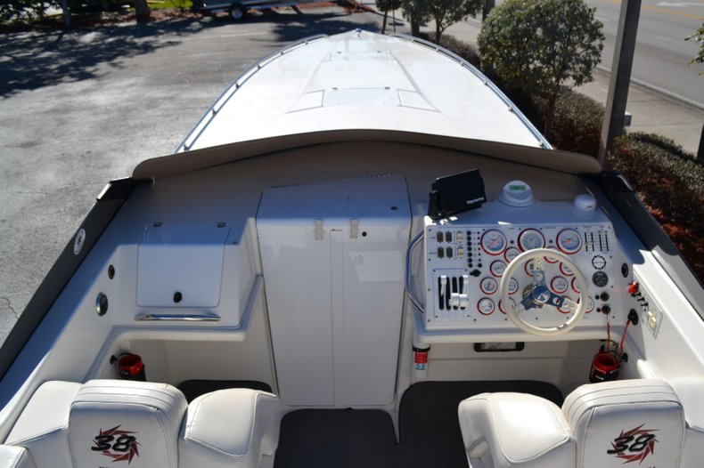 Thumbnail 32 for Used 2000 Fountain 38 Fever boat for sale in Vero Beach, FL