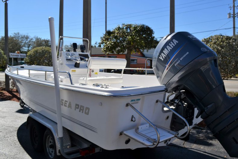 Thumbnail 3 for Used 2003 Sea Pro SV2300 boat for sale in Vero Beach, FL