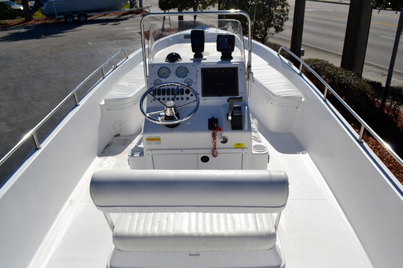 Thumbnail 9 for Used 2003 Sea Pro SV2300 boat for sale in Vero Beach, FL