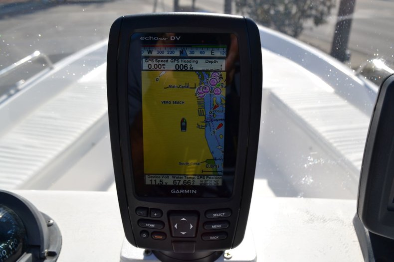 Thumbnail 11 for Used 2003 Sea Pro SV2300 boat for sale in Vero Beach, FL