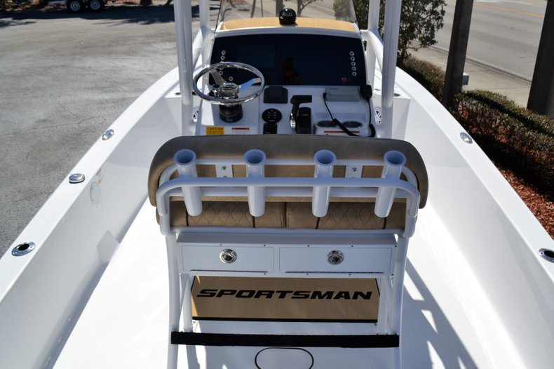 Thumbnail 10 for New 2019 Sportsman Tournament 234 Bay boat for sale in Vero Beach, FL