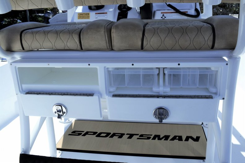 Thumbnail 21 for New 2019 Sportsman Tournament 234 Bay boat for sale in Vero Beach, FL