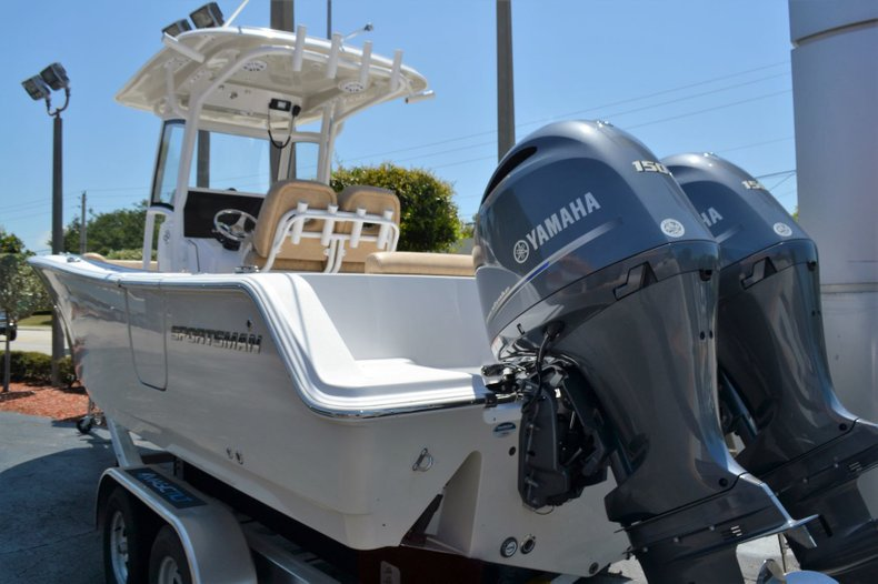 Thumbnail 4 for New 2019 Sportsman Heritage 251 Center Console boat for sale in Vero Beach, FL