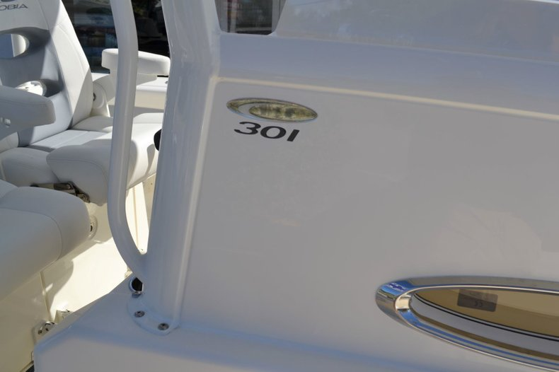 Thumbnail 21 for New 2019 Cobia 301 CC Center Console boat for sale in Vero Beach, FL