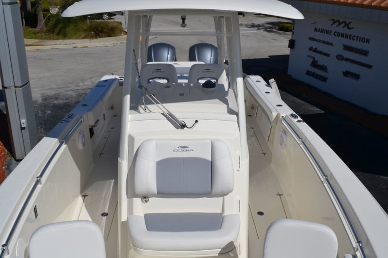 Thumbnail 17 for New 2019 Cobia 301 CC Center Console boat for sale in Vero Beach, FL
