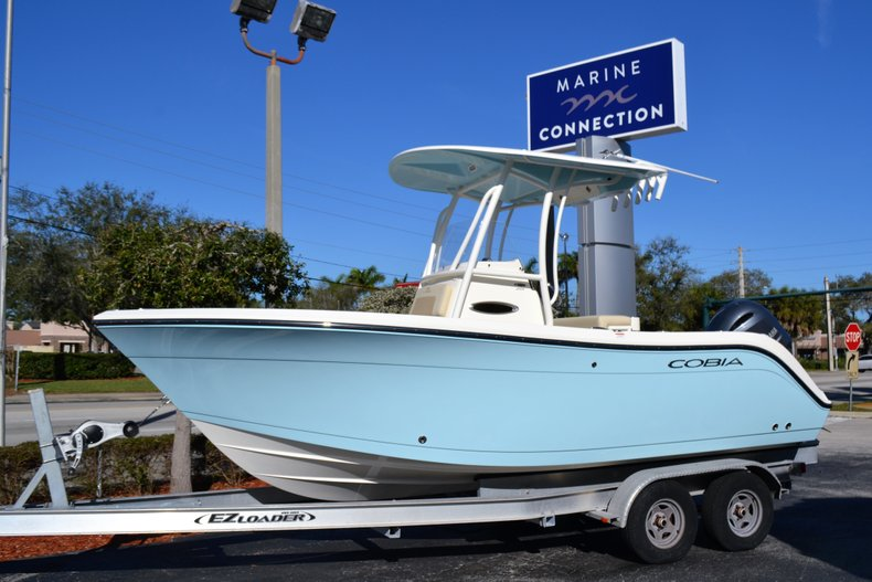 New 2019 Cobia 201 Center Console boat for sale in Vero Beach, FL