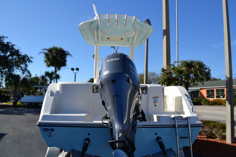 Thumbnail 4 for New 2019 Cobia 201 Center Console boat for sale in Vero Beach, FL