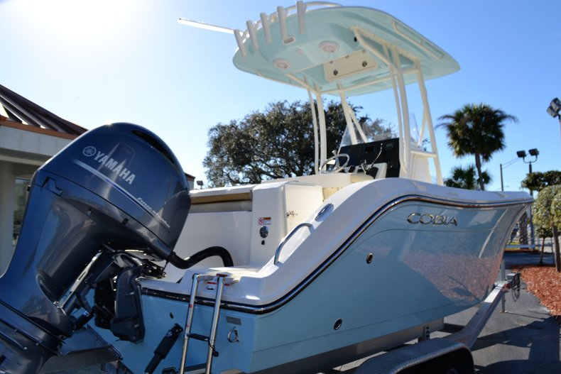 Thumbnail 5 for New 2019 Cobia 201 Center Console boat for sale in Vero Beach, FL