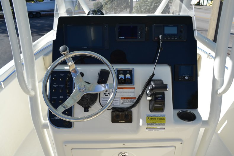 Thumbnail 10 for New 2019 Cobia 201 Center Console boat for sale in Vero Beach, FL